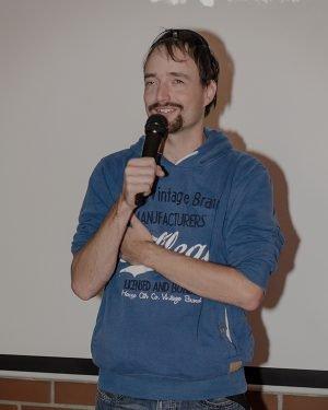 Sportovec a bloger Ondra s mikrofonem